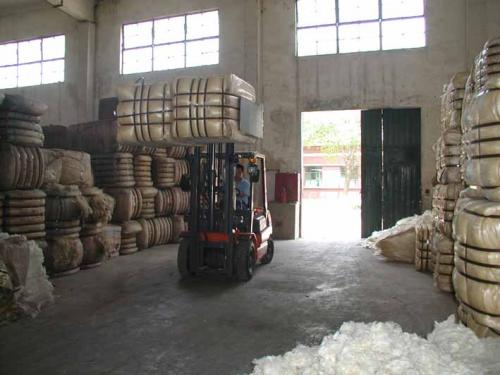 Bale Clamp Handling Cotton